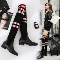 botas de nieve de chicas sexy al por mayor-2019 nuevas de la manera mujeres elásticos Calcetines Fuerza atractivo de los cargadores de las señoras delgado de la pierna por encima de la rodilla Botas de nieve niñas diseñador de la marca de los zapatos ocasionales