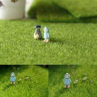 herramientas de casa de muñecas al por mayor-1pcs hierba artificial plástica de la estera del césped de hierba verde en miniatura del ornamento del jardín en miniatura de las herramientas de jardín Dollhouse