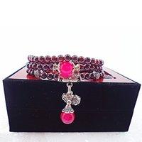 accessoires rouges unisexe achat en gros de-Mode Femmes Hommes Unisexe Accessoires Partie Cadeau Perlé Bracelet Rouge Bracelets De Haute Qualité Charme Avec Boîte