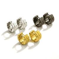 pendientes de aro huggie para hombres al por mayor-Moda Nuevo Acero de Titanio 4mm de Ancho de Acero Inoxidable Hombres Y Mujeres Pendientes Pendientes de Diamantes Joyas de Orejas Joyas Perforantes