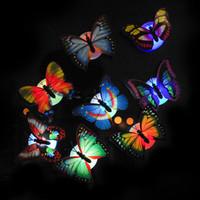 mariposas ópticas al por mayor-Luz de la noche de la mariposa LED de la luz óptica de la fibra óptica colorida para el sitio de la boda Luz de la noche para el sitio de los niños