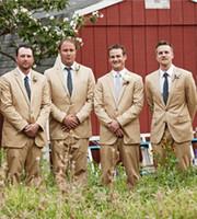 trajes de fiesta champán al por mayor-2019 por encargo Champagne Trajes de boda para hombres Novio Esmoquin de baile 2 piezas (chaqueta + pantalón + corbata) Prom Masculino Trajes de hombre Blazer