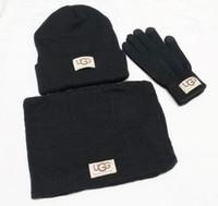 холодный шарф оптовых-Новые дизайнерские шляпы Шарфы Перчатки Комплекты Мода шарф перчатки Beanie непогоду аксессуары кашемира Подарочные наборы для мужчин женщин