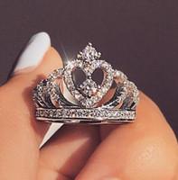 rhodium kristall ringe großhandel-Art- und Weisesilber-Ring-Kristallherz-Ring-Frauen Krone Zircon-Ring-Schmucksache-Frauen Verlobungsfeier-Großverkauf