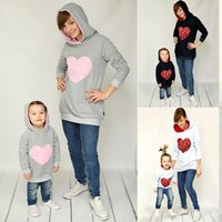 Wholesale Mother Daughter Hoodies Heart Printed Sequins Mom Girls Matching Sweatshirt Family Matching Hoodies Sprint Autumn Adult Kids Hooded Sweater