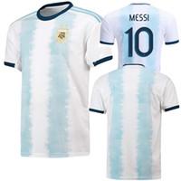 pantalones cortos de fútbol de argentina al por mayor-Argentina 2019 Copa América Home kit Fútbol Jersey MESSI camiseta de fútbol AGUERO camiseta manga corta Dybala maillot de foot HIGUAIN ICARDI