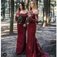 Wholesale Burgundy Lace Stain Long Bridesmaid Dresses with Long Sleeve Bateau Neck Full length Country Bohemian Wedding Guest Party Dress