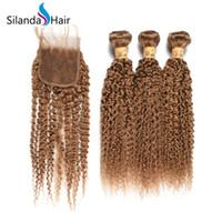 cabelos premium kinky venda por atacado-Silanda Cabelo Premium # 27 Kinky Curly Remy Do Cabelo Humano Tece 3 Tecelagem Bundles Com 4X4 Fechamento Do Laço Frete Grátis