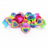 braceletes roxos venda por atacado-Pulseiras Emoji Silicone Pulseira Do Bebê Do Coração Forma Geométrica Pulseiras Popular Criativo Com Amarelo Roxo Azul Cores 1 9xs J1