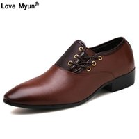 männer zeigten schwarze schuhe großhandel-Nagelneue Männer Kleid Schuhe Größe 38-47 Schwarz Klassische Point Toe Oxfords Für Männer Mode Herren Business Party Schuhe jf78
