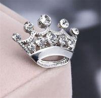 perla de diamantes de imitación broche al por mayor-Plata oro cristalino pequeña corona Pin broche lindo aleación mujeres pernos del collar boda accesorios de joyería nupcial regalo R282