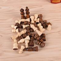 conjuntos de xadrez de madeira venda por atacado-Jogos de madeira do entretenimento das peças de xadrez da altura de 64CM 32Pcs / Set