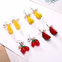 akrilik inci küpeleri toptan satış-Yeni moda Akrilik küpe aksesuarları meyve inci küpe Kadınlar Için Güzel Mizaç Turuncu Çilek Karpuz Muz
