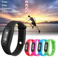 ingrosso scala graduata-2019 Sport intelligente dell'orologio del braccialetto di visualizzazione fitness Gauge Fase Tracker LCD digitale pedometro Passo Esegui Walking Calorie Counter