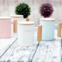 pacote de xícara de café venda por atacado-Canecas de madeira cerâmico do punho com as canecas de café de madeira do copo do leite da água da tampa com pacote da caixa de presente