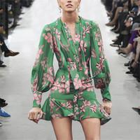 las mujeres visten floral gasa verde al por mayor-Diseñador de moda Vestido de pasarela Mujer 2019 Primavera Elegante Cuello de arco Manga larga Estampado floral Mini Vestido de gasa verde Vestidos
