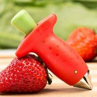 erdbeer-corer großhandel-Strawberry Corer Top Leaf Remover Praktische Red Strawberry Huller Obst Leaf Hullers Kreative Küchenhelfer Werkzeuge 9 * 5 cm GGA2227