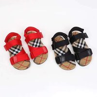 Wholesale sandals for girls medium for sale - Group buy Kid shoes boy girl classical plaid sandals for baby boy girl sport sandals to ankle buckle strap child shoes send with box EU