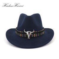 siyah yün fedora şapka kadın toptan satış-Geniş Ağız Batı Kovboy Caz Şapka Kap Erkek Kadın Yün Fedora Şapkalar Hissettim Şerit Metal Bullhead Dekore Siyah Panama Kap Y19070503