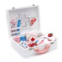 holzspielhäuser großhandel-Pretend Medizin Kabinett Spielzeug Für Cosplay Doktor Wooden First Aid Kit Lustige spielhaus Lernspielzeug Große Geschenke Für Kinder