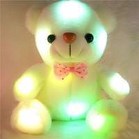 panda bear dolma oyuncak toptan satış-Renkli LED Flaş Işık Ayı Bebek Peluş Hayvanlar Doldurulmuş Oyuncaklar Boyutu 20 cm-22 cm Çocuklar Için Ayı Hediye Noel Hediyesi Dolması Peluş oyuncak 20