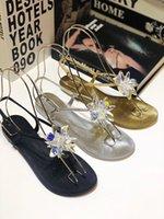 métal grossier achat en gros de-Sandales à talons hauts classiques talon épais en cuir de luxe Designer chaussures en daim pour femmes Boucle de métal pour les fêtes sandales sexy yz19050701