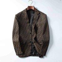 coupe-vent en nylon noir achat en gros de-2019 nouveau manteau de veste de protection solaire Vêtements pour hommes Casual Vestes Tops avec lettre imprimée noire avec capuche Lapel coupe-vent Streetwear M-3XL