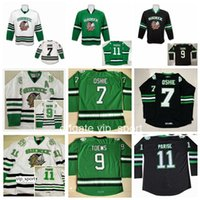 toews combatiendo sioux jersey al por mayor-Hombres 9 Jonathan Toews College Jersey North Dakota Fighting Sioux 11 Zach Parise 77 T.J. Camisetas de hockey TJ Oshie Team Green White