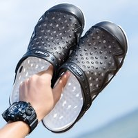ingrosso flip flop blocca gli uomini-Original Classic Zoccoli Garden flip Flops Scarpe acqua degli uomini di estate della spiaggia Aqua Slipper Piscina Sandals Shoes ancoraggio di stampa