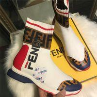 botas de encaje de cuero para mujer al por mayor-Zapatos de diseñador de cuero de lujo de moda para mujer High-tops de encaje ligeros calcetines casuales para hombre de alta calidad plana media pantorrilla zapatillas de deporte LL36