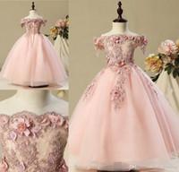 glamouröses mädchenkleid großhandel-Erröten rosa schöne süße Blumenmädchenkleider glamouröse Vintage Prinzessin Tochter Kleinkind hübsche Kinder Festzug formale Erstkommunion Kleider