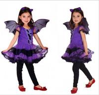 şeffaf giyinmiş kızlar toptan satış-2019 Mor Dantel Cadı Elbise Şeffaf Kol ile Bebek Kız Cadılar Bayramı Elbise Şapka ve Süpürge ile Çocuklar Parti Elbiseler ile Kızlar için Yarasa Kanat