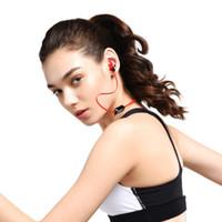 tapones para los oídos al por mayor-Auriculares inalámbricos Auriculares Auriculares Bluetooth tarjeta MP3 inalámbrico deportes binaurales estéreo verdadero cuello colgando tapones para los oídos magnéticos