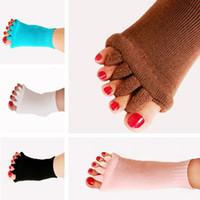 calcetines con punta abierta al por mayor-Calcetines de yoga. Medias de cinco dedos. Medias de dedo de los pies femeninas. Calcetines de cinco dedos. Calcetines de punta abierta.