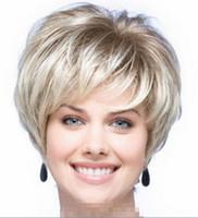 sarışın kısa kıvırcık saç toptan satış-Peruk ücretsiz kargo moda bayan doğal kısa kıvırcık sarı saçlı kadın peruk