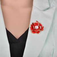 flor elegante da peônia venda por atacado-2019 Nova Moda Red Peônia Flor Esmalte Broches Mulheres Metal Simulado Pérola Elegante Festa de Flores Banquete De Casamento b418