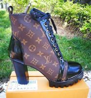 botas elegantes al por mayor-Botines de marca con estampado de lienzo Star Trail Botines con cordones Elegante Dama con cremallera Talón grueso Suela de caucho Botas marrones