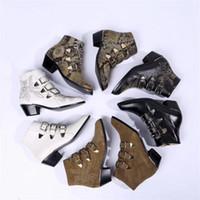 deri ayakkabı askısı tokası toptan satış-Kadınlar Susanna Deri Ayak Bileği Çizmeler Tasarımcı Ayakkabı Gerçek Nappa Koyun Leahter Perçinler Altın Ön Toka ile Sapanlar Martin Çizmeler Kutusu ile
