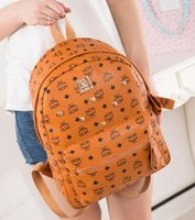 mochila khaki venda por atacado-Mochilas 19SS designer de moda mulheres senhora 5 cores de vermelho, preto, azul, caqui, laranja mochila saco encantos