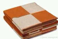 ingrosso caso colore rosso-Spessa casa divano Vendita calda arancione nero rosso grigio navy Grande dimensione 145 * 175 cm H buona coperta marca Quailty lana 5 colore 145 * 175 cm