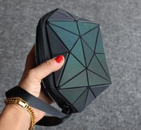 Wholesale shell shaped bags for sale - Group buy Luminous color irregular semi circular cosmetic bag Geometric rhombic pattern shell shaped geometric bag