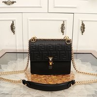 Wholesale cute gifts box for girls for sale - Group buy Fashion Night Club Shoulder Bag Personality Mini Cute Cross Body Bags Vintage Girl Chain Bag for Birthday Gift