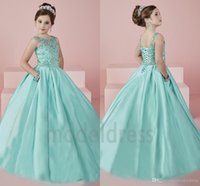 mädchen party kleider minze grün großhandel-Neue Shinning Mädchen Festzug Kleider 2019 Sheer Neck Perlen Kristall Satin Mint Green Flower Girl Kleider Formale Party Kleid Für Jugendliche Kinder