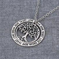 выгравированные ожерелья круга оптовых-Hollow Life Tree Ожерелье Античный Серебряный Круг Выгравированы Мечта Надежда Доверие Ожерелье для Женщин Ювелирные Изделия День Матери Подарок Дружбы