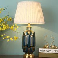kupfer nachttischlampen großhandel-Neue chinesische Schlafzimmer Nachttischlampe Wohnzimmer Einfache moderne All-Kupfer-Keramik dekorative Tischlampe