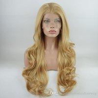 seksi moda perukları toptan satış-Yeni Seksi Moda Dalgalı Uzun Bal Sarışın Peruk Yarım El Bağlı Vücut Dalga Kadınlar için Isıya Dayanıklı Sentetik Dantel Ön Peruk Orta Kısmı
