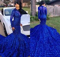 cauda de flor azul venda por atacado-Luxuosamente Cauda Longa Azul Royal 2019 Meninas Negras Sereia Vestidos de Baile De Alta Neck Mangas Compridas Frisado Flores Artesanais Vestidos de Festa À Noite