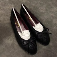 Wholesale valentine flats resale online - 2020 sales Fashion Women Rivet Shoes Flats Genuine Leather Ankle Strap Pointed Toe Studded valentine Shoes Ballerinas free ship xinfa180657