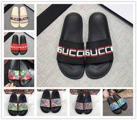gummischuhe für strand großhandel-Designer Gummi Slides Sandale blüht grün rot weiß Web Mode Herren Damen Schuhe Strand Flip-Flops mit Flower Box Duty Bag GGSlippers