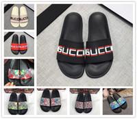 mens mini çantalar toptan satış-Tasarımcı Kauçuk Slaytlar Sandal Blooms Yeşil Kırmızı Beyaz Web Moda Mens Womens Ayakkabı Çiçek Kutusu ile Çanta Plaj Çevirme G ...